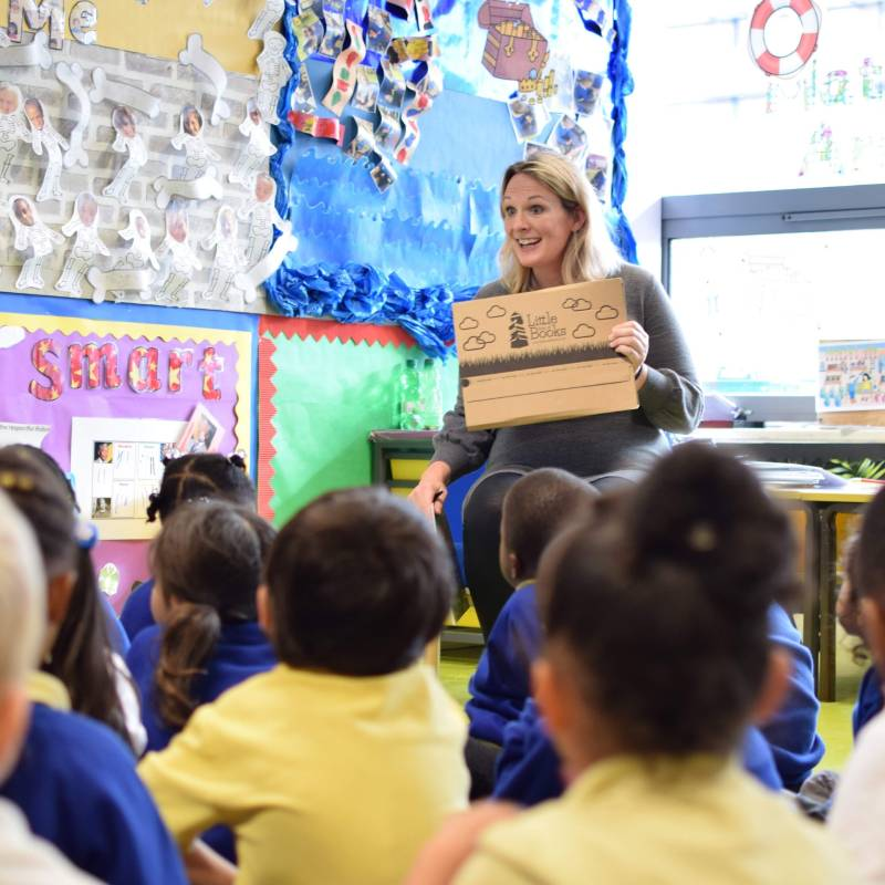 Little Box of Books visits school and reads with children